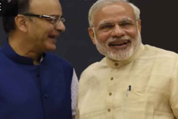 pm-narendra-modi-and-finance-minister-arun-jaitley-meeting-in-pmo