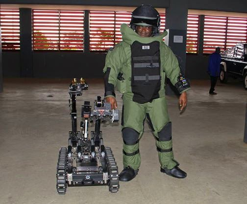 High Tech Bomb Disposal Robot given to Nigerian Police by US Ambassador