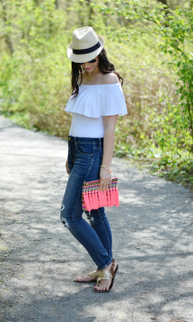 Fedora and Off-the-shoulder top for Spring break