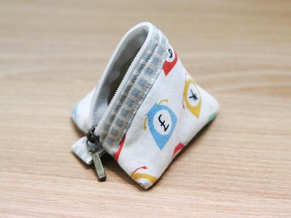 Mini Pyramid Pouch. DIY step-by-step Tutorial in Pictures.