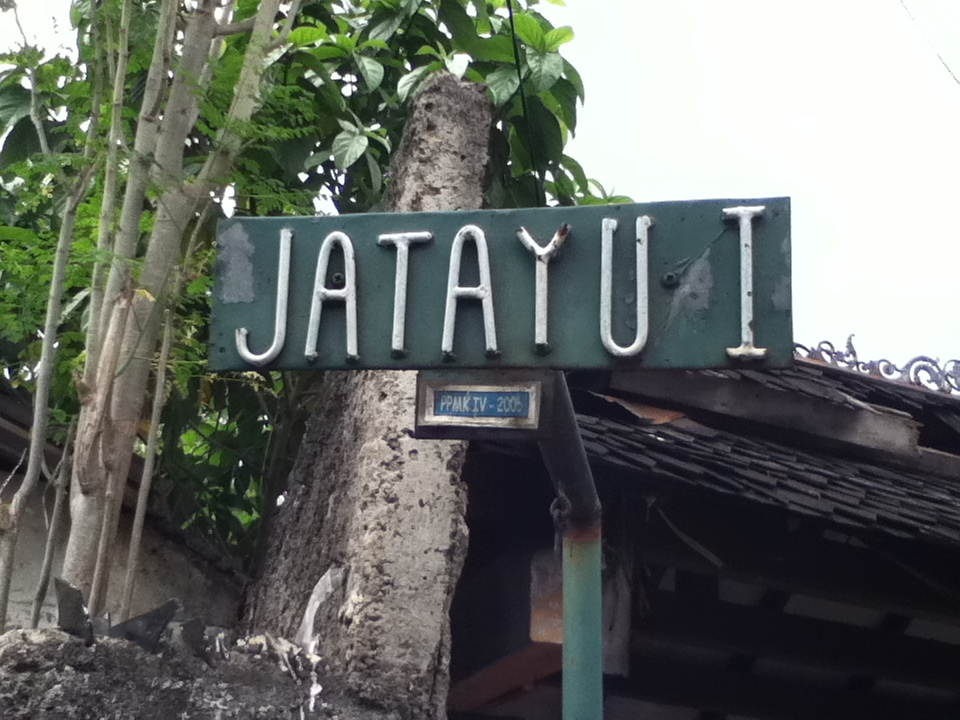 Image result for jatayu baju bekas