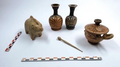 Εντυπωσιακά ευρήματα στην ανασκαφή νεκροταφείου προϊστορικών και ιστορικών χρόνων στο Αλιβέρι