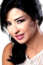 الممثلة اللبنانية ماغي بو غصن Maguy Bou Ghosn