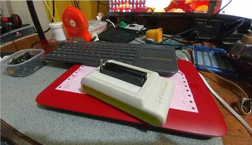 Jasa service laptop Bintara