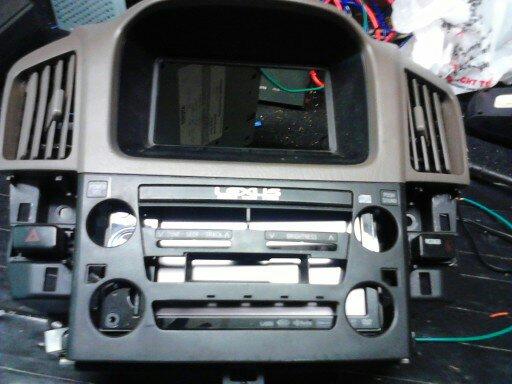2001 lexus rx300 radio not working