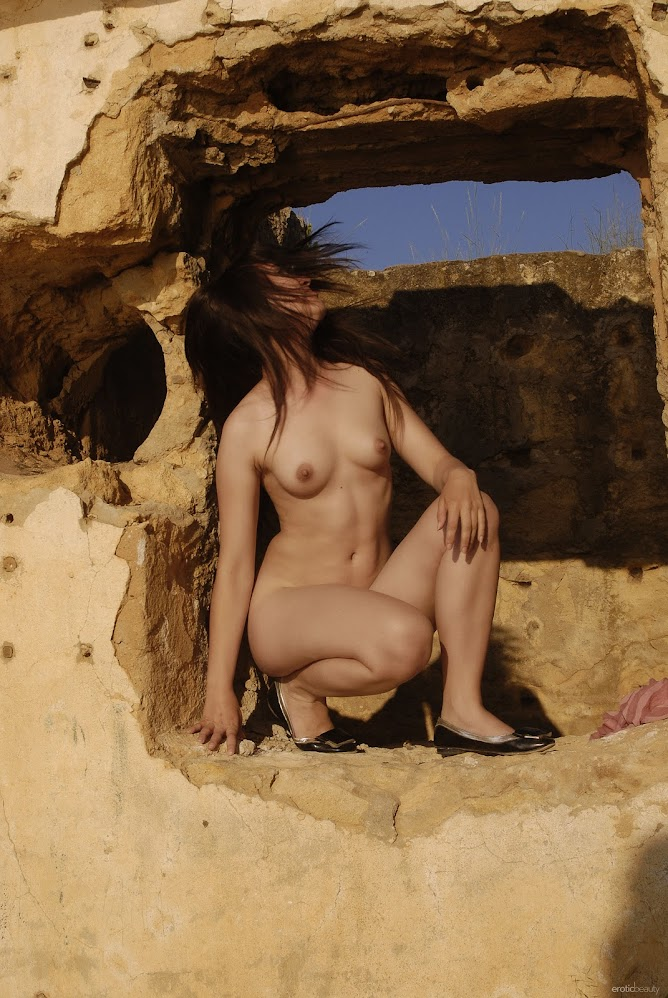 title2:EroticBeauty Jasha Presenting Jasha