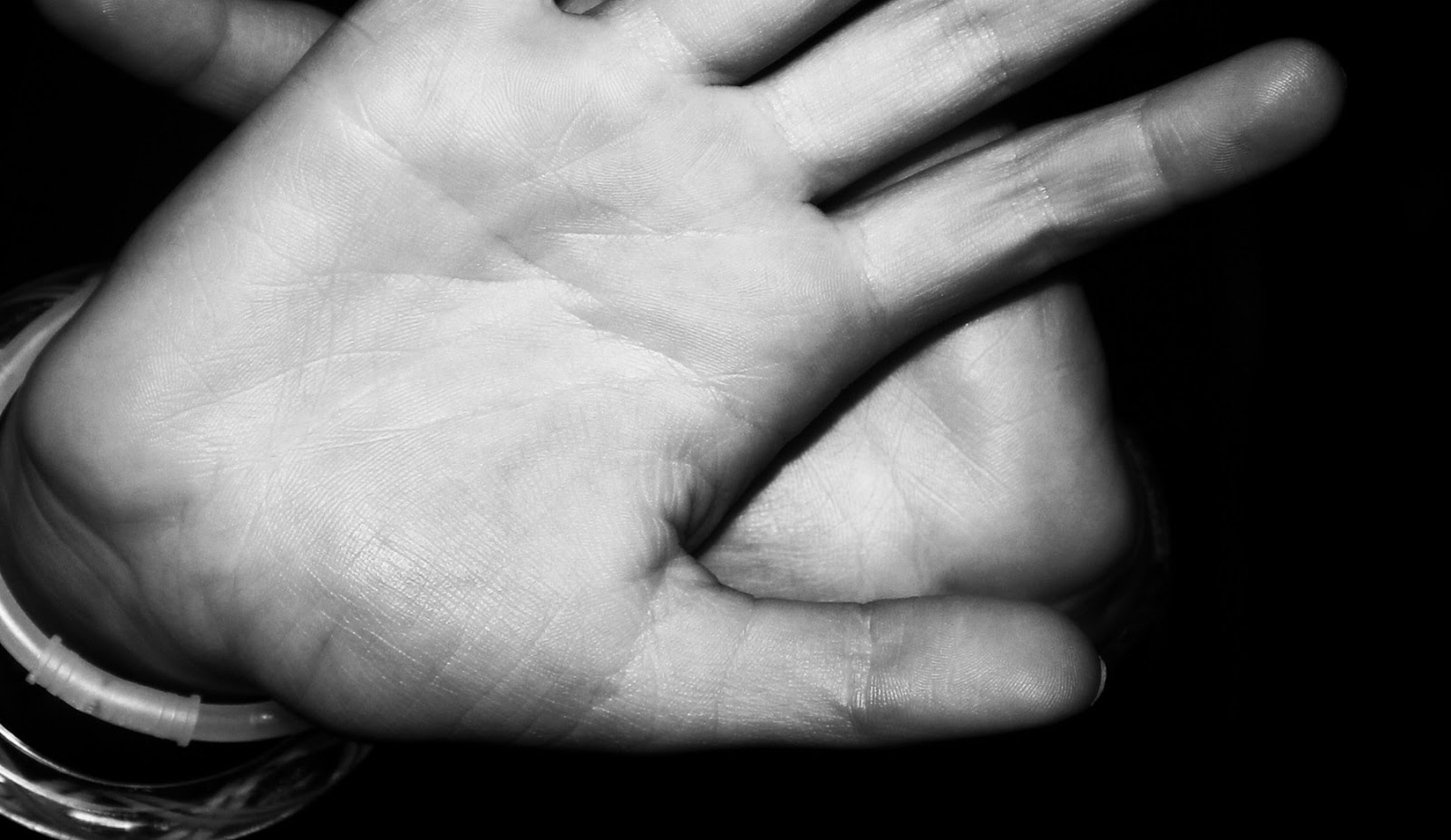 Kulit tangan hitam