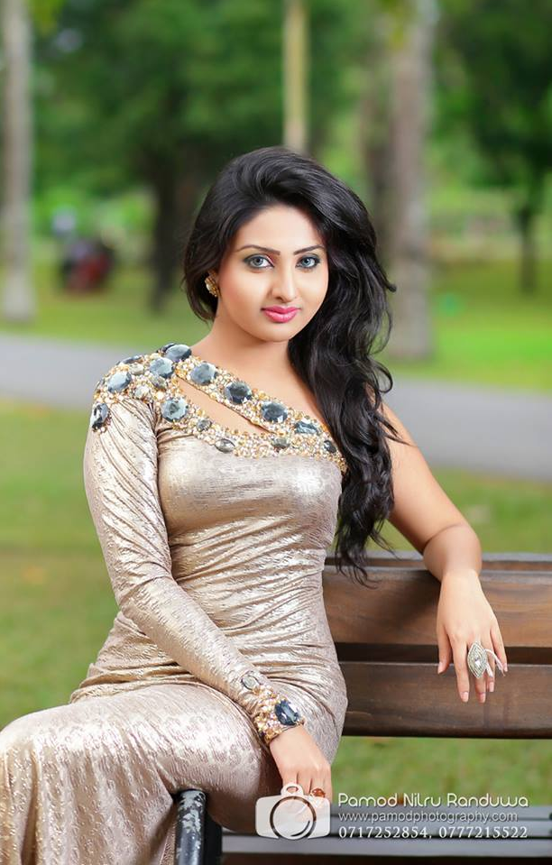 hot vinu siriwardana
