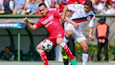 Chivas gana 2 a 0 a Toluca