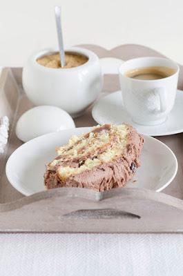 Rotolo con crema di castagne e panna e cacao