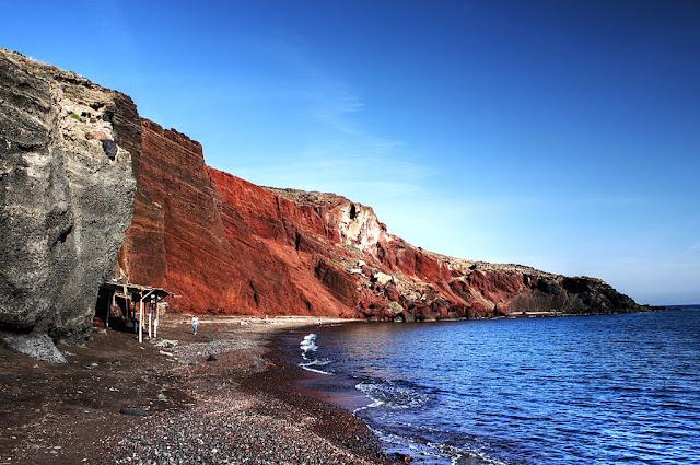 Red Beach in Akrotiri to admire the sunset of Santorini Island, Greece