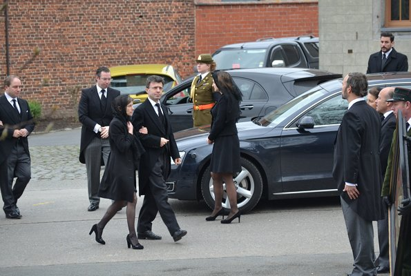 Queen Mathilde, Grand Duke Henri, Prince Guillaume, Princess Stephanie, Prince Louis, Princess Alexandra and Princess Sibilla