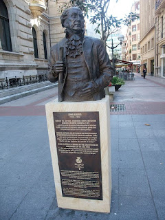 John Adams US President statue in Bilbao Private Tours with Aitor Delgado Basque Tour Guide