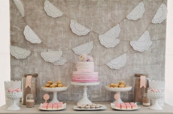 Guirnalda DIY con blondas de papel, manualidades para bodas y fiestas