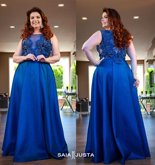 Vestido de festa azul plus size
