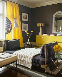 Decoración de sala en gris y amarillo