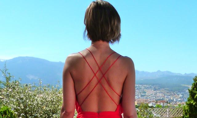 Fitness And Chicness-Invitada Tonos Rojos La Familia Mujer-9
