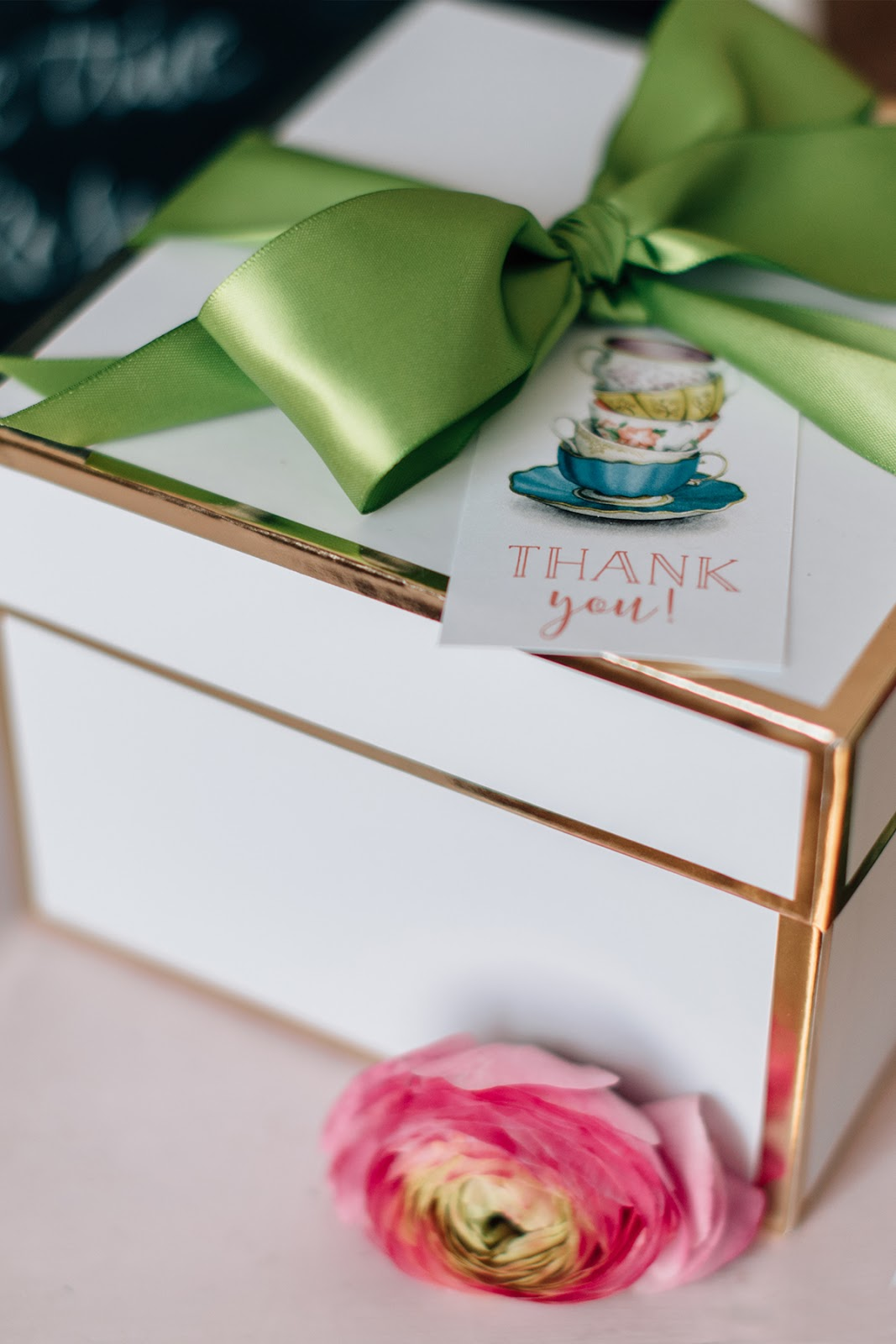Get creative with Queen West gift boxes. Use them for more than just gift giving. Exclusive packaging products from Creative Bag.