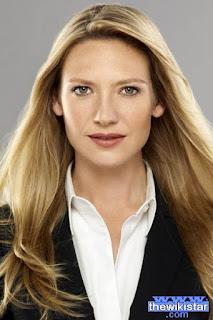 انا تورف (Anna Torv)، ممثلة أسترالية