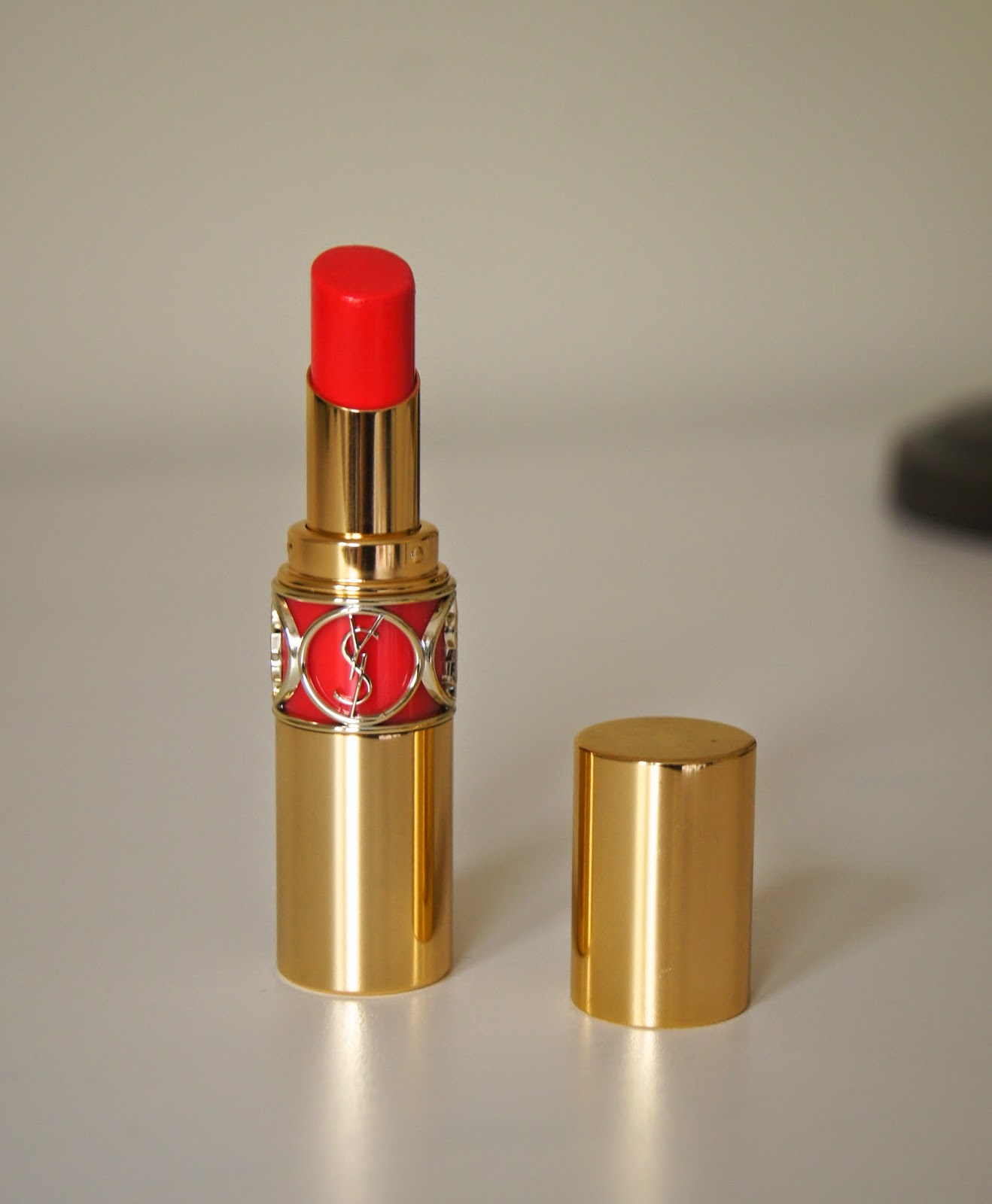 ysl rouge volupte shine lipstick 12 corail incandescent review