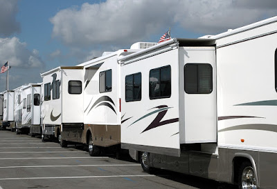 Motorhome or Trailer - Tips on How To Choose the Best One for Your Needs