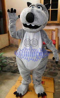 gambar kostum bernard badut beruang