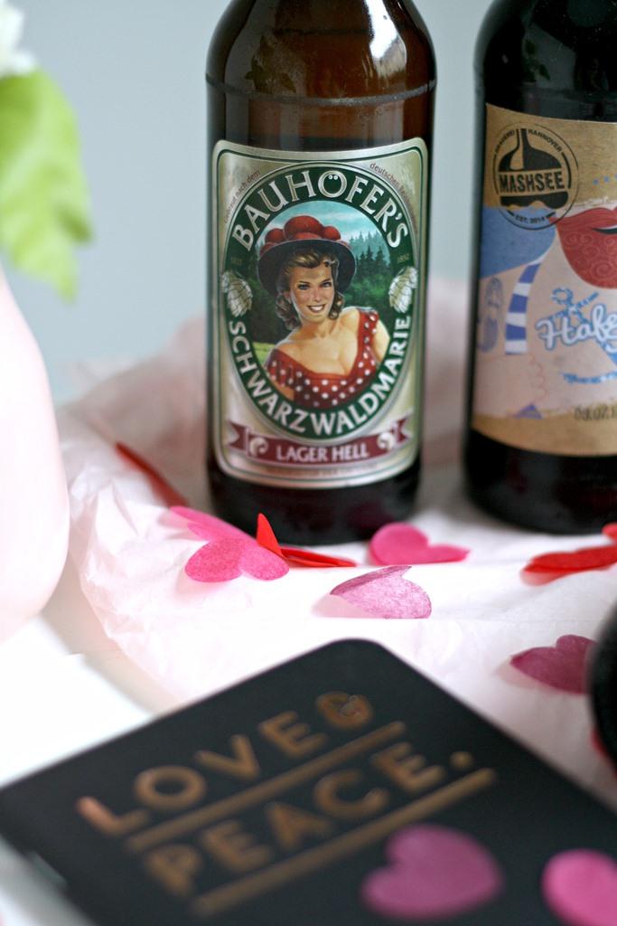 Beer Jack der neue Online Shop für Craft Beer, Craft Beer online kaufen, verschiedene Sorten Craft Bier, Valentinstagsgeschenk für Männer, individuelle besondere Geschenkidee zum Valentinstag, Geschenk zum Vatertag, Beer Jack Bierbox Valentinstag-Box, Love Bier, Geschenk zum Thema Liebe, Craft Beer Brauerei, Schwarzwaldmarie