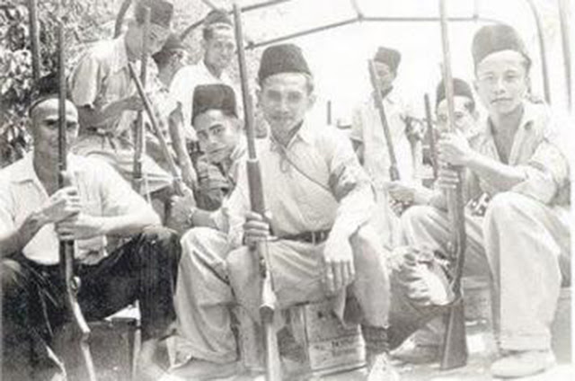 Para Kiai melawan Penjajah dan PKI dengan Mndirikan Pesantren