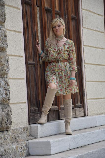 outfit abito a fiori come abbinare un abito a fiori abbinamenti abito a fiori outfit maggio 2017 outfit primaverile mariafelicia magno fashion blogger colorblock by felym fashion blog italiani blog di moda blogger italiane di moda
