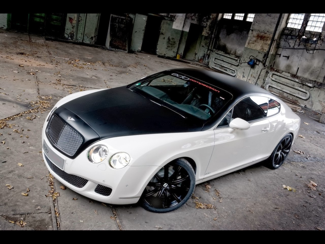 bentley continental gt coupe pictures. Black Bedroom Furniture Sets. Home Design Ideas