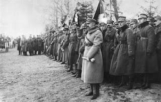 Józef Piłsudski - dekoracja Lwowa krzyżem Virtuti Militari - 1920