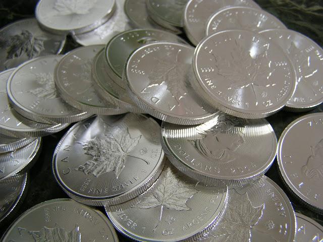 Jak inwestować w srebrne i złote monety?