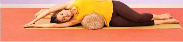 Yoga, Flexión Lateral con Apoyo