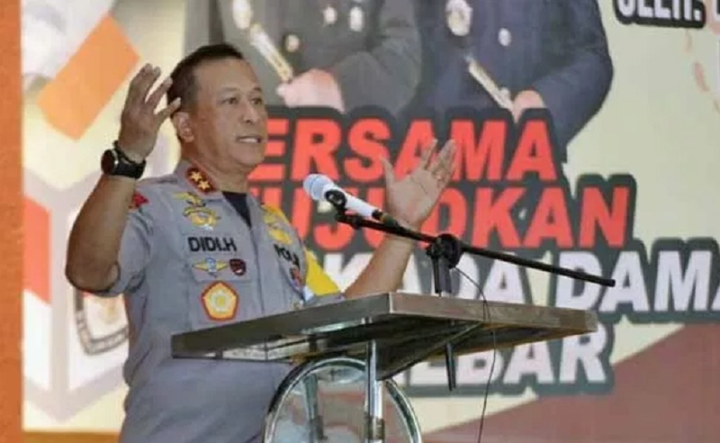 TNI - POLRI Kerahkan 11.642 Personel Amankan Pilkada Kalbar 2018