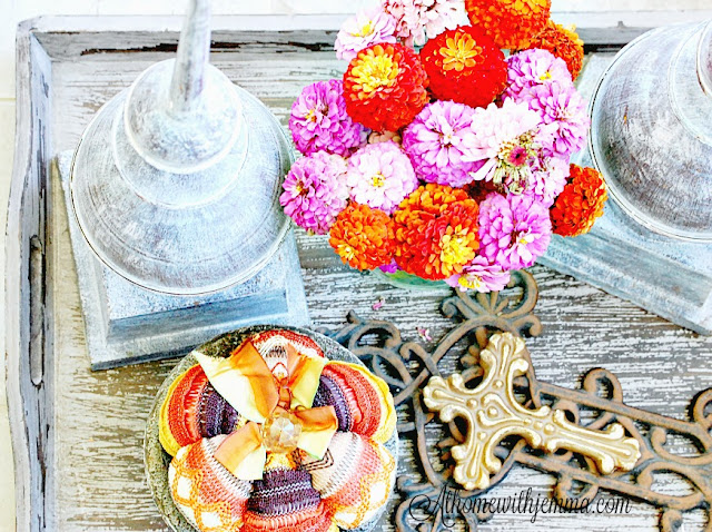 styling-tray-milkwash-Fall-decorating-athomewithjemma-zinnias