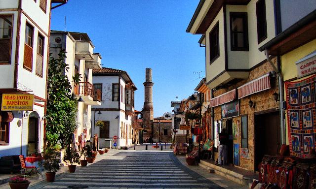 Cidade turística Antália na Turquia