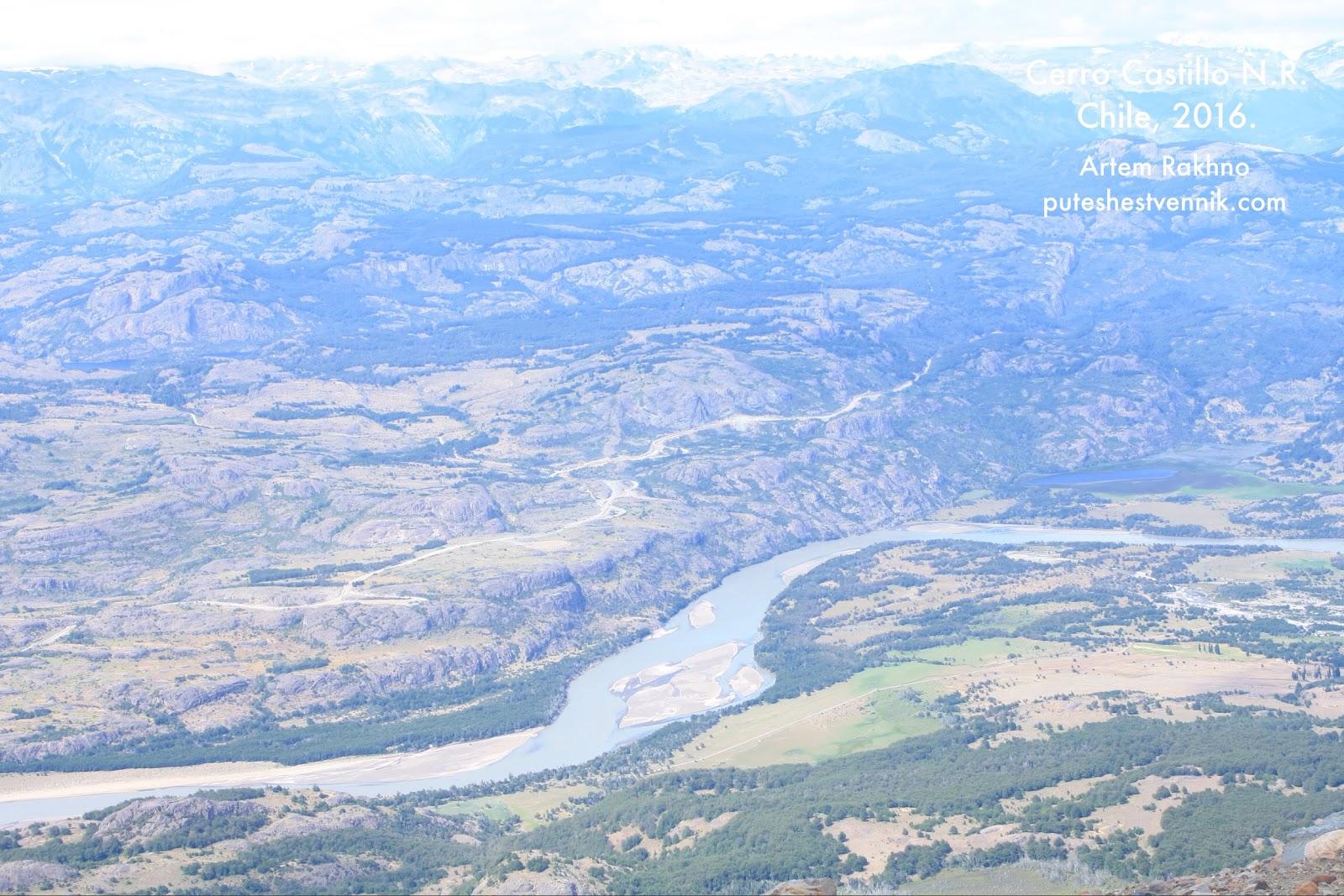 Вид на реку в Чили с высоты птичьего полета
