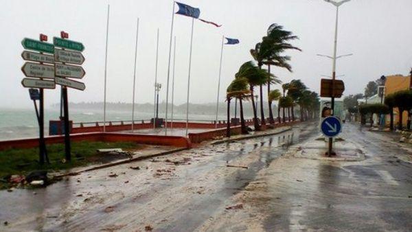 República Dominicana en alerta roja ante arribo de huracán María1