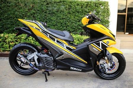 Modifikasi Yamaha Aerox putih
