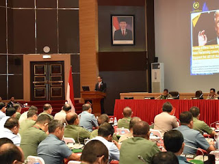 Presiden RI : TNI - Polri Antisipasi Cepatnya Perubahan Dunia