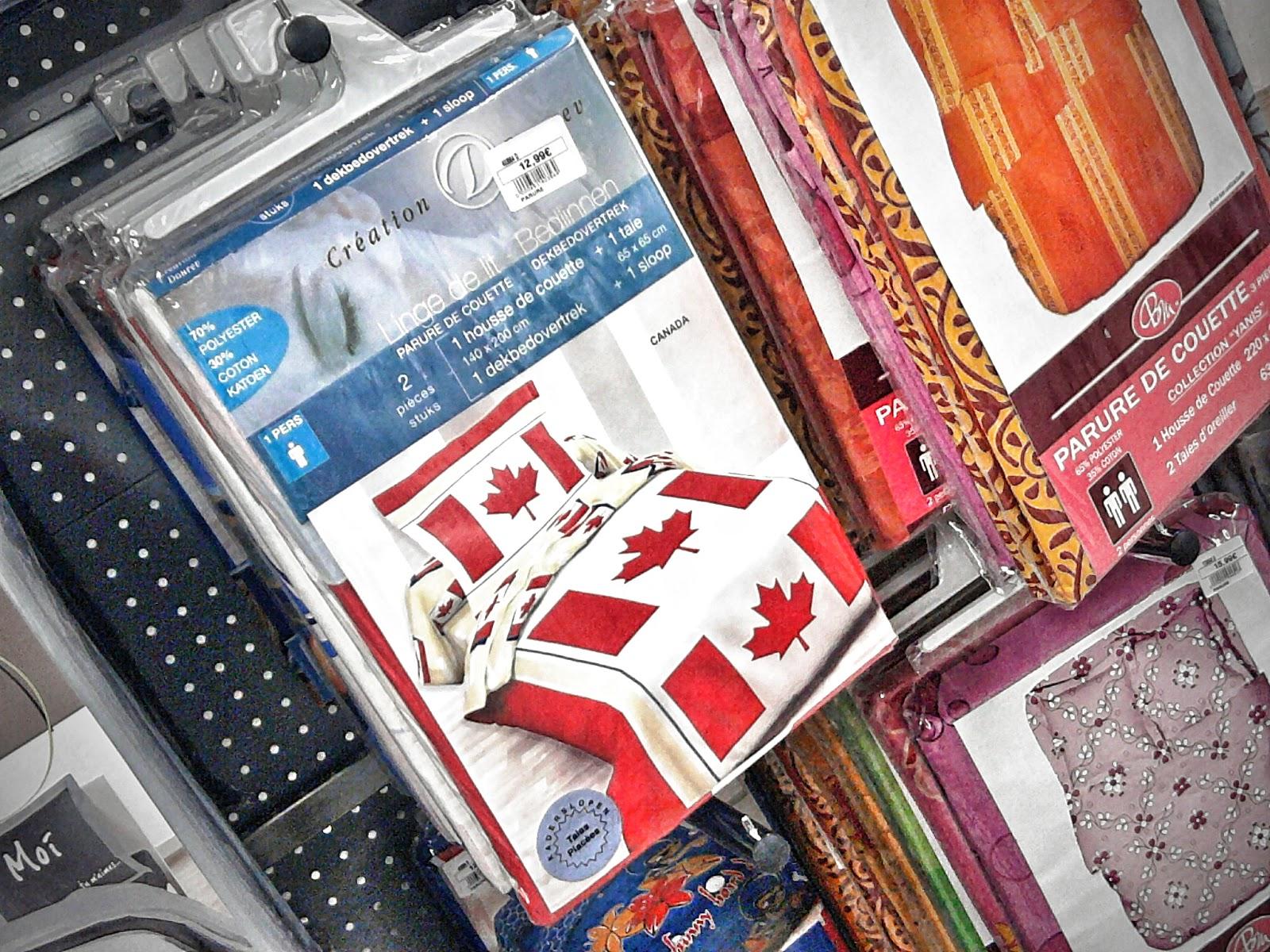 quoi une couette drapeau du canada swing la bacaisse dans l 39 fond d 39 la bo te bois. Black Bedroom Furniture Sets. Home Design Ideas