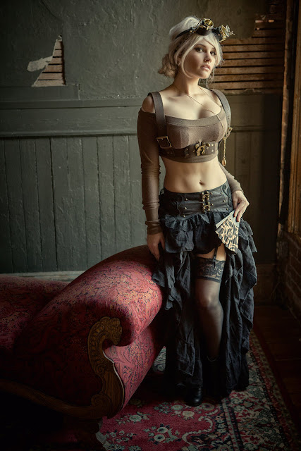 Modern steampunk fashion for women with a sexy, contemporary flair. Women's steampunk clothing inspiration.