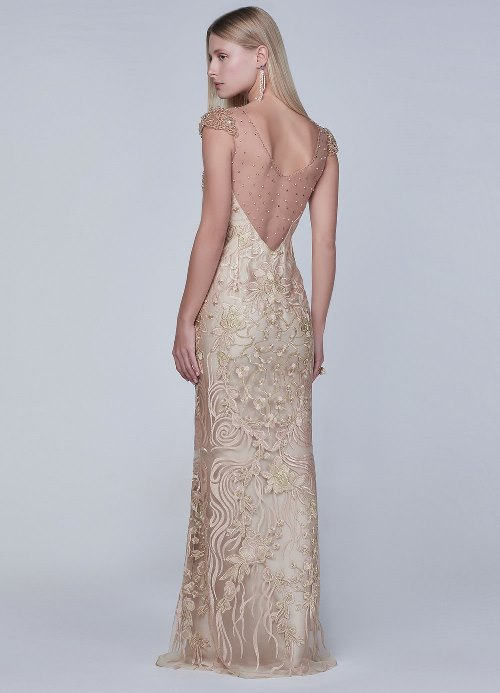 vestido de festa dourado com renda