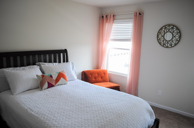 A simple guest room, the before
