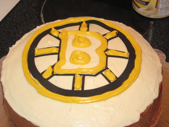 Boston Bruin Logo Cake Packed Up And Ready To Go The Party