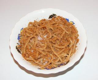 Spaghete cu pesmet si zahar retete culinare,