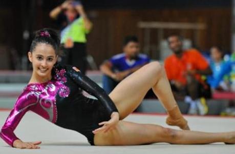 Kecantikan Atlet Senam Malaysia Ini Pukau Penonton SEA Games