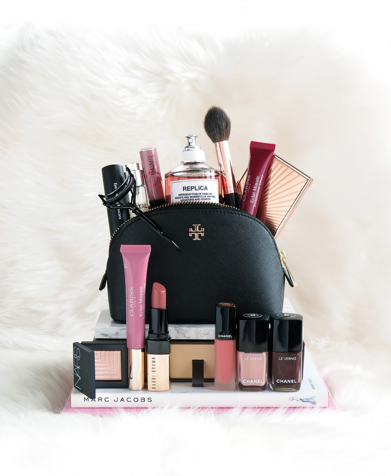 Fall Beauty Makeup Bag - The Beauty Look Book