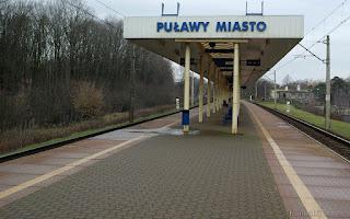 http://fotobabij.blogspot.com/2016/01/zdjecie-dworzec-pkp-puawy-od-strony_11.html