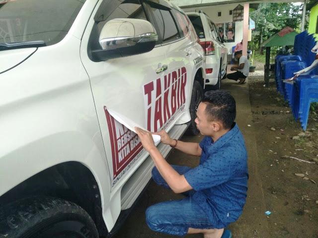 Pasangan Takbir mulai membuka Kendaraan Branding